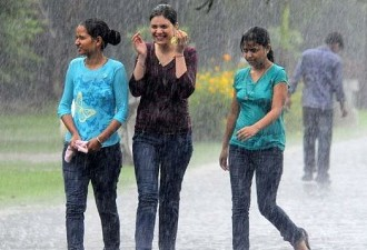 "9 Monsoon Re""mind""ers For A Safe And Happy Rainy Season"