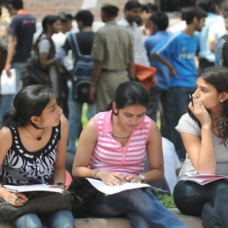 [AUDIO] Delhi University's 4 Year Course Structure Is Not The Problem, Here's What The Real Problem Is