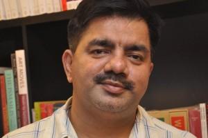 hussain zaidi writer_featured
